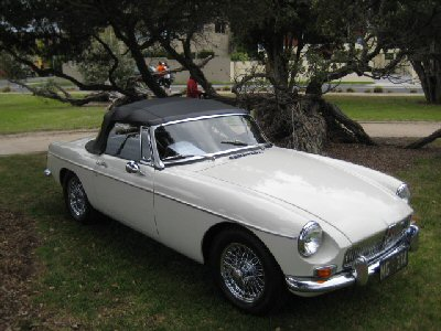 Trevor Beaumont's 1968<br>MG MK II
